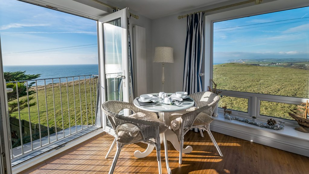 Dual aspect view from the Golden Cap Suite - Chesil Beach Lodge