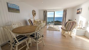 Burton Apartment - Self Catering Holidays in Dorset