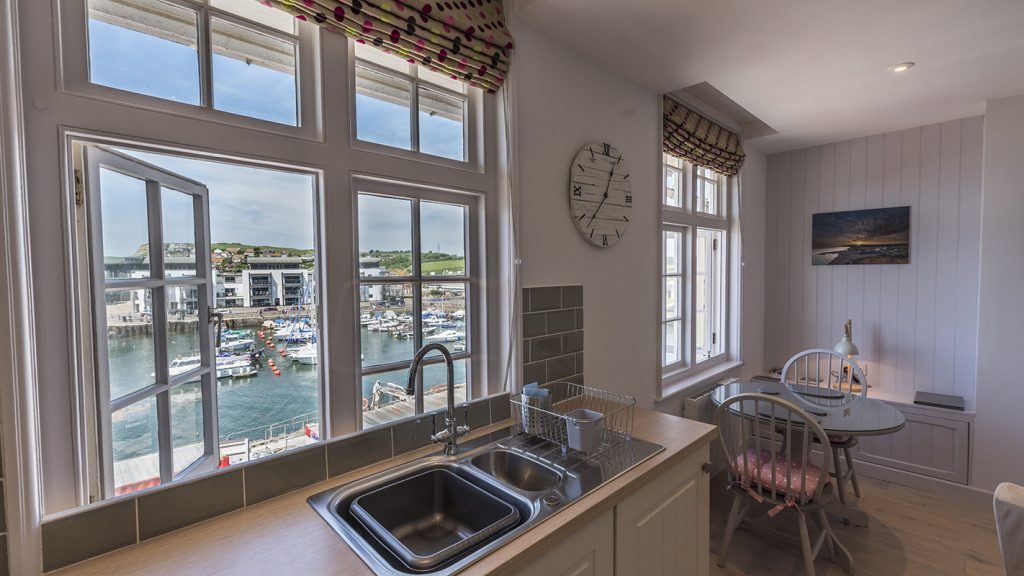 Apartments for hire in West Bay